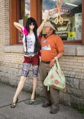 Ken made a new friend outside a hair salon.