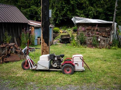 Interesting, perhaps homemade, vehicle in Sandon