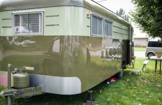My favorite of the vintage rv's. Very luxurious inside.