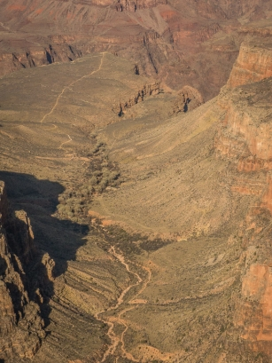 A closer view of the not so steep part of the Bright Angel Trail