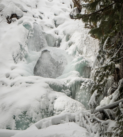 Frozen Falls Creek Falls